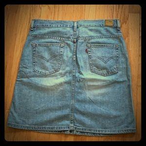 Women's Levi's Denim Skirt